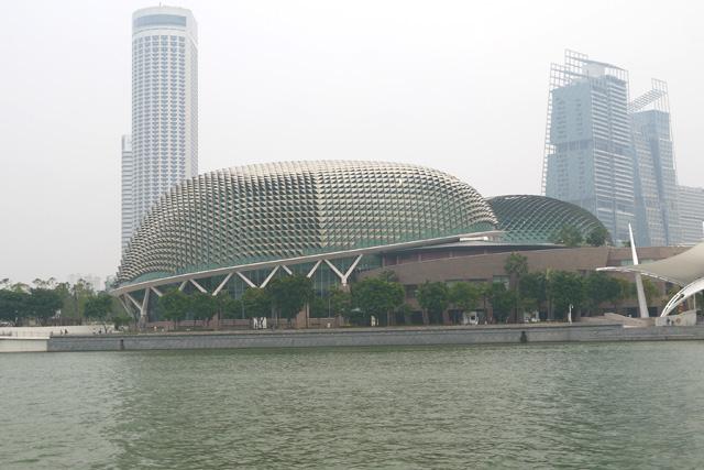 シンガポールダックツアーからみるエスプラネードシアター