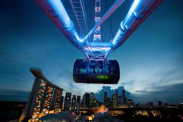 シンガポールフライヤー夜景